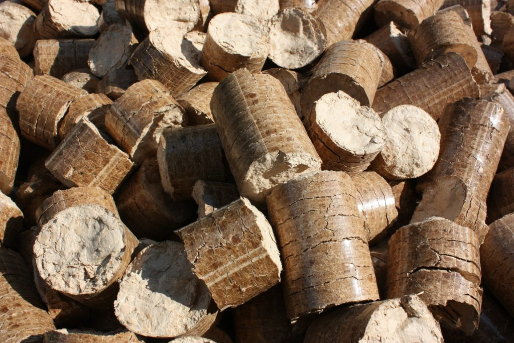 Wood pellets can be used as an alternative energy supply.